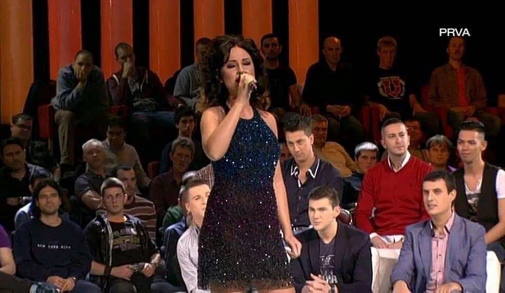 Sherri Hill svecana haljina u kojoj je Katarina Zivkovic na TV PRVA