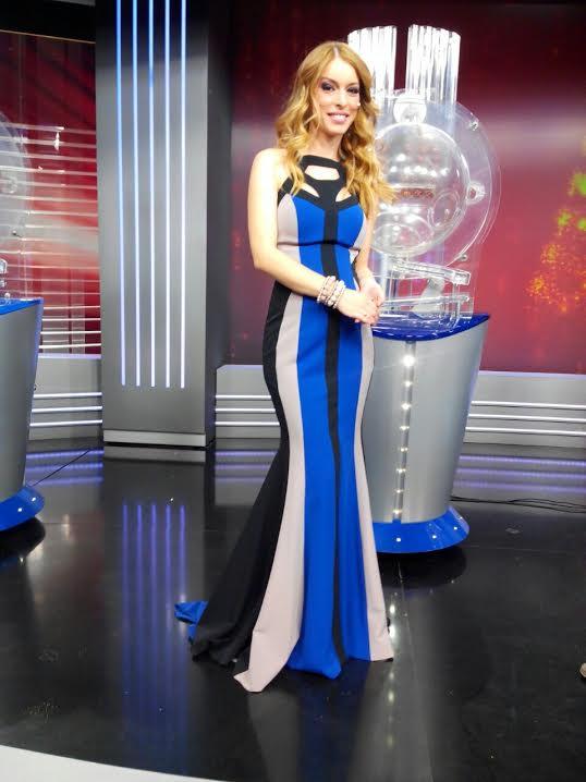 Danijela Burzanovic u novogodisnjoj noci je u nasoj haljini