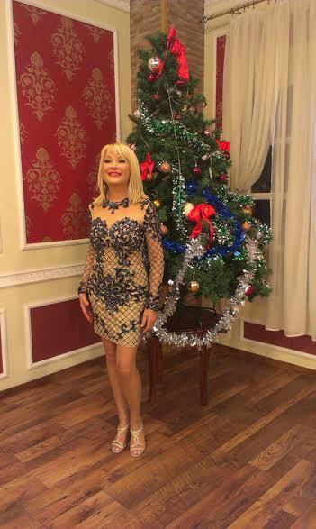 Goca Lazarevic u svecanoj haljini Carolija
